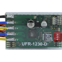 Dual electronic speed controller for models 1:14 or 1:16 scale