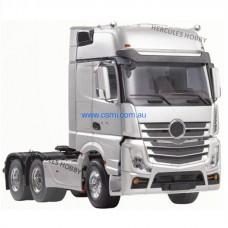 TAMIYA Tractor Truck 1/14 Scale 3 Axle