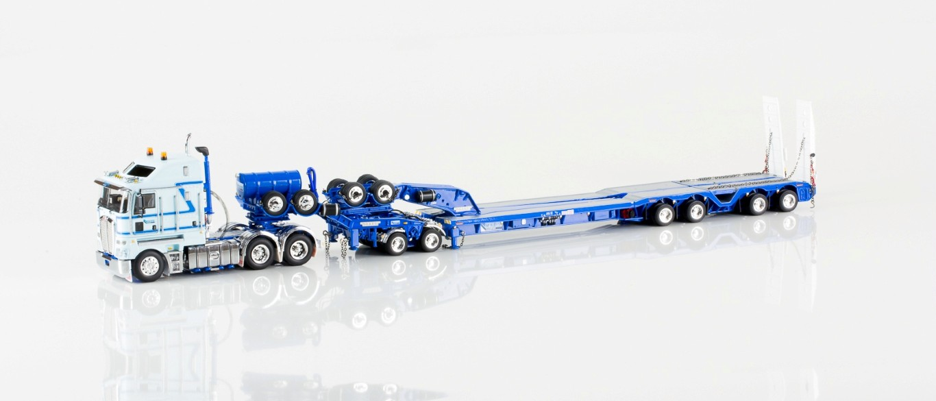 Diecast Trucks & Trailers