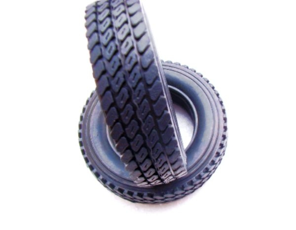 RC truck tyres